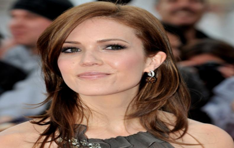 My mom, dad never wanted to be my manager: Mandy Moore