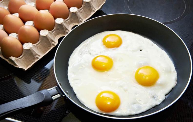 Benefits of adding eggs to your regular meals