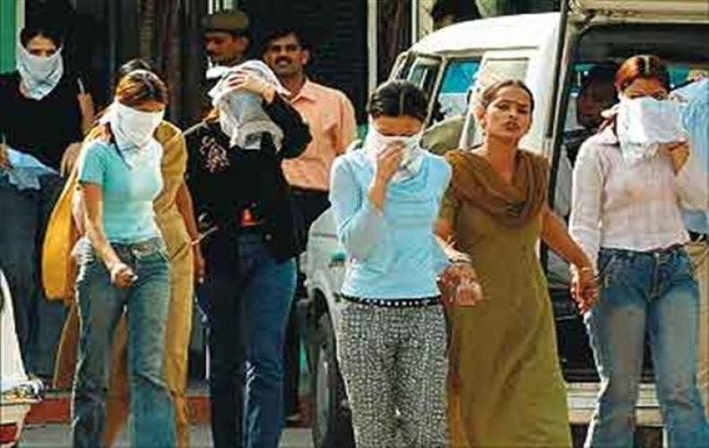 Bollywood actresses too in Prostitution ,A Prostitution uproar In Hyderabad