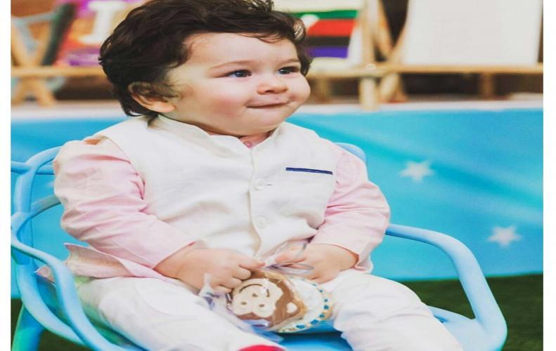Taimur Ali Khan the blue eye baby the shine of Kareena Kapoor Khan's eye