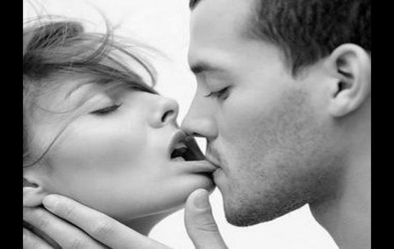 Types of Kiss | What type of Kisses for Romance | Romantic Kisses