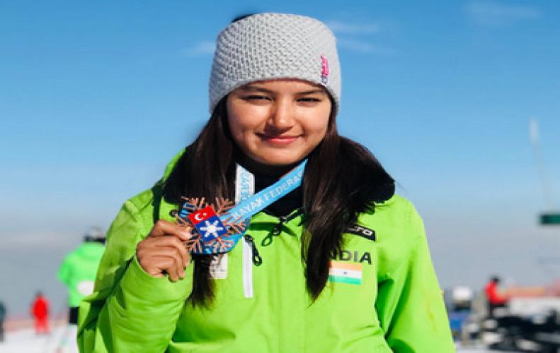 Anchal Thakur from Manali brings India's first ever Medal in skiing. Received congrats from P.M Nare