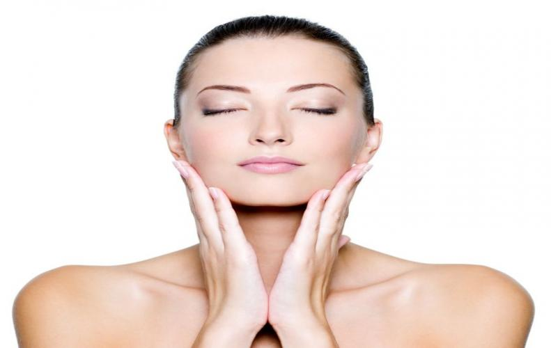 Why Is Glycolic Acid Beneficial & Useful for our Skin & Beauty?