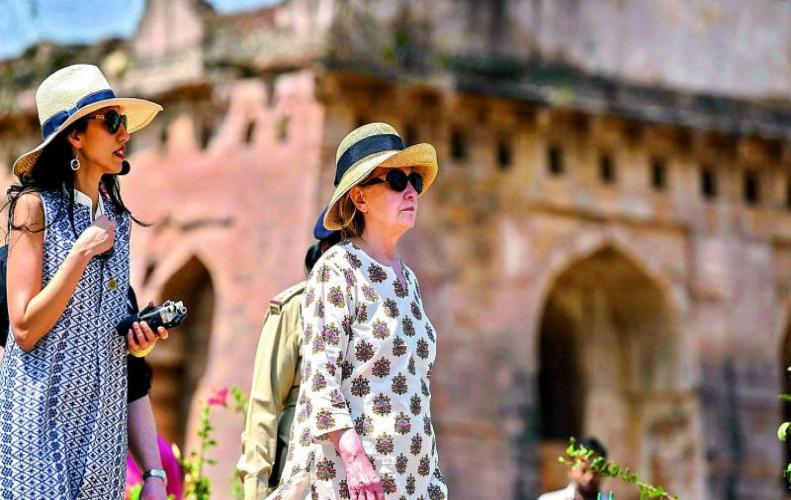 Hillary Clinton visits Mandu Madhya Pradesh on Holkar Scion
