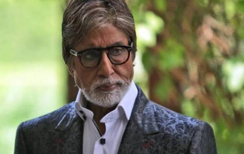 Amitabh Bachchan falls ill during shoot in Jodhpur Rajasthan a team of doctors rushed from Mumbai to Jodhpur via a private plane.