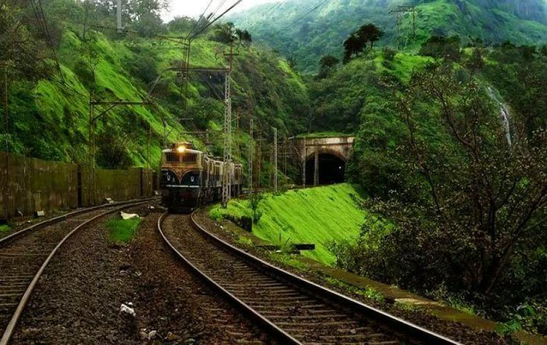 Beautiful Train Trips in India that You Should GoOnce in Lifetime