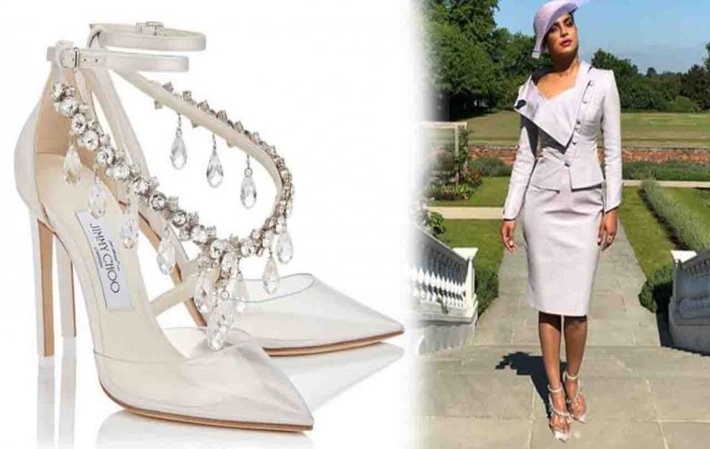 Omg! Priyanka Chopra wore This much expensive sandals at Royal wedding