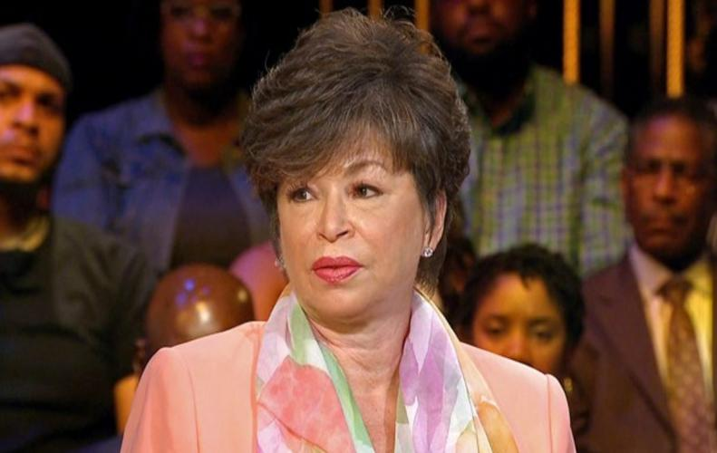 Meet Valerie Jarrett the Obama's closest friend who faced racist tweets by Roseanne Barr