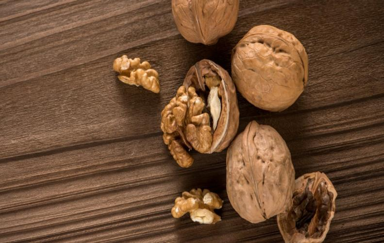 Best 7 Reasons for Eating Walnuts is a Must