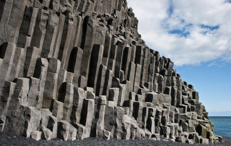 Top 5 Beautifully Amazing Rock Formations