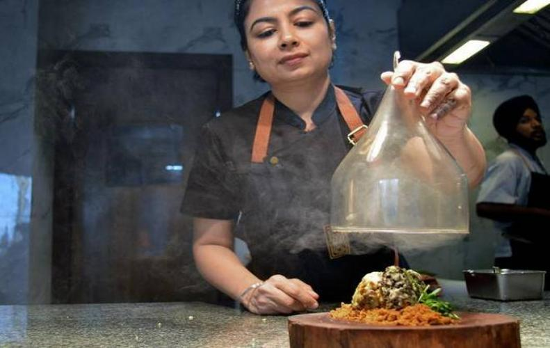 Amninder Sandhu – An Indian Chef Who is Making us Proud on 'The Final Table' of Netflix