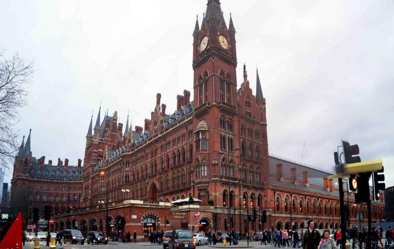 Most Amazing Railway Stations in the World | The List of Top 10