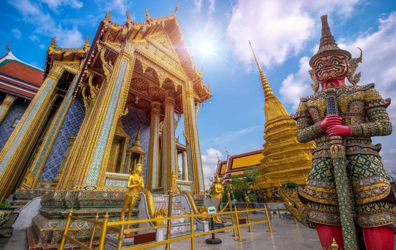 Most Popular Temples in Thailand You Should Visit While Travelling