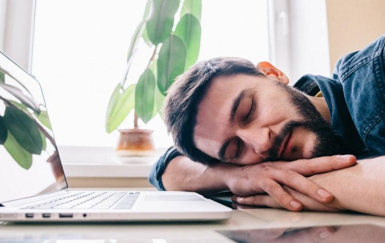 Habits that You Should Avoid if Want to Overcome Tiredness...