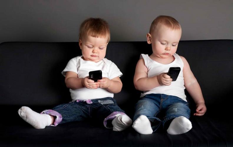 हो सकता है जानलेवा अगर 30 मिनट से ज्यादा यूज किया स्मार्टफोन