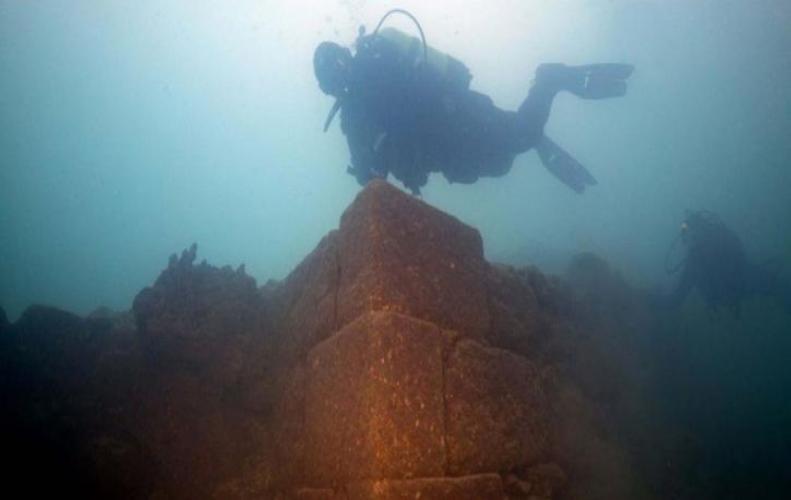 3000 साल पुराना महल मिला तुर्की झील की गहराईयों में