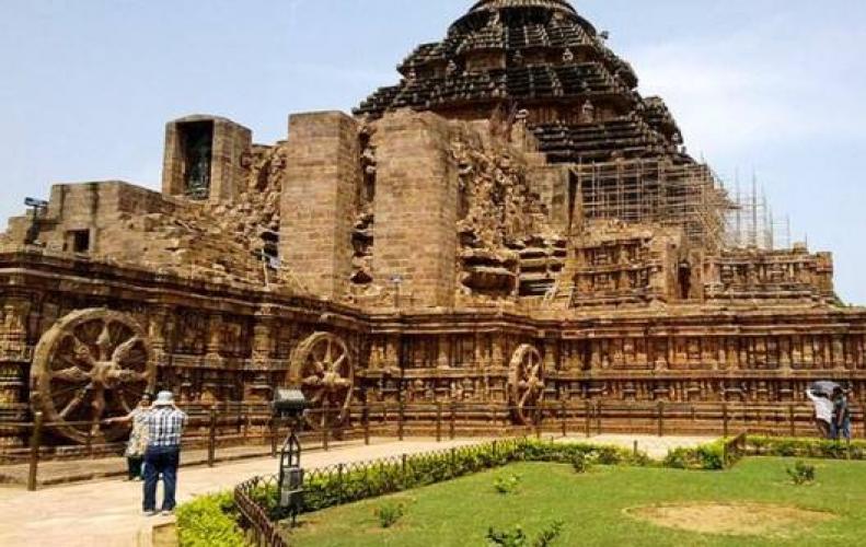 ये है भारत के सबसे प्राचीन सूर्य मंदिर, जानिए इनके बारे में बहुत कुछ....