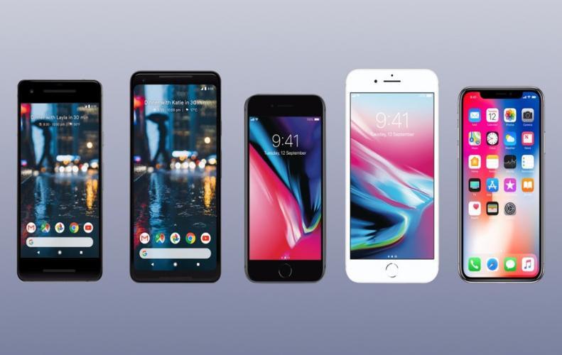 ई-कॉमर्स वेबसाइट्स इन स्मार्टफोन्स पर दे रही हैं 46000 रुपये तक की छूट
