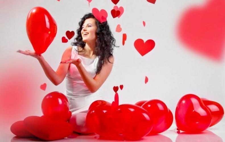 जाने 14 फरवरी को क्यों मनाते है 'वैलेंटाइन डे'