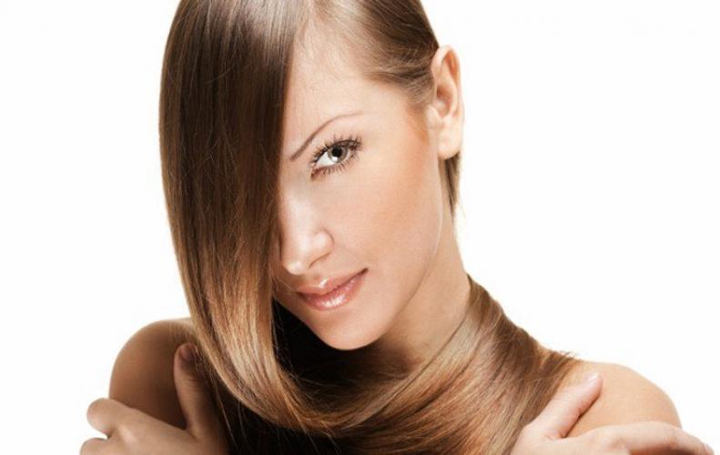 अपने बालों में लाए चमक इन 5 उपायों की मदद से...