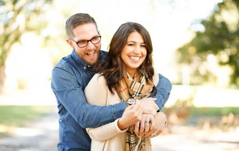 89 फीसदी इंडियन का मानना है कि रिश्ते में प्राइवेसी है जरूरी...