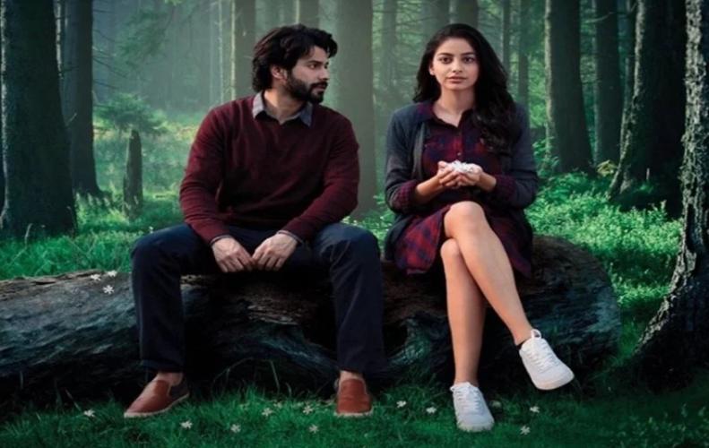 अक्टूबर फिल्म के लिए वरुण ने घटाई अपनी फीस और कर दी फिल्म साइन...
