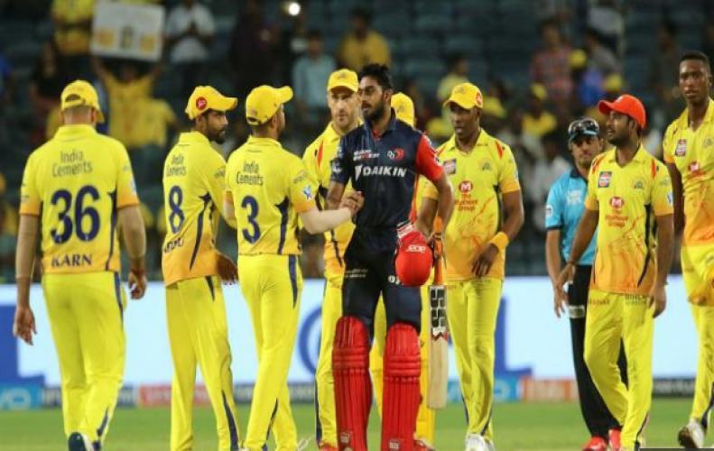 IPL11 : माही की घातक बल्लेबाजी से पस्त हुए दिल्ली के गेंदबाज, जीता 13 रन से मैच...