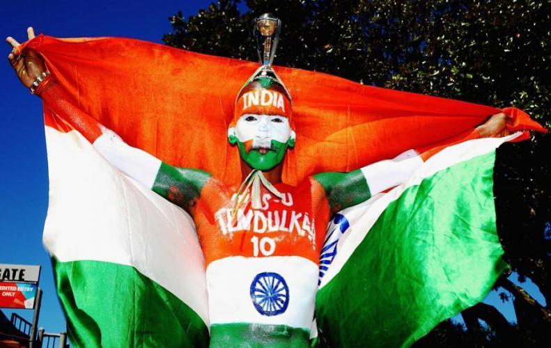 धोनी ने सचिन के स्पेशल फैन सुधीर गौतम को बुलाया डिनर पर, सुधीर ने शेयर की खूबसूरत तस्वीरें...
